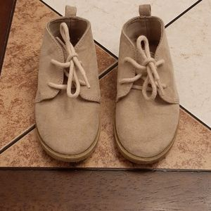 OLD NAVY infant boys shoes size 7